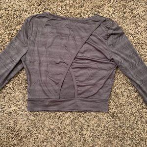 Danskin long sleeve open back cropped workout top